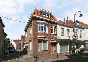 4651 GB Steenbergen, Nederland, 6 Bedrooms Bedrooms, ,Huis,Koop,Blauwstraat,1269